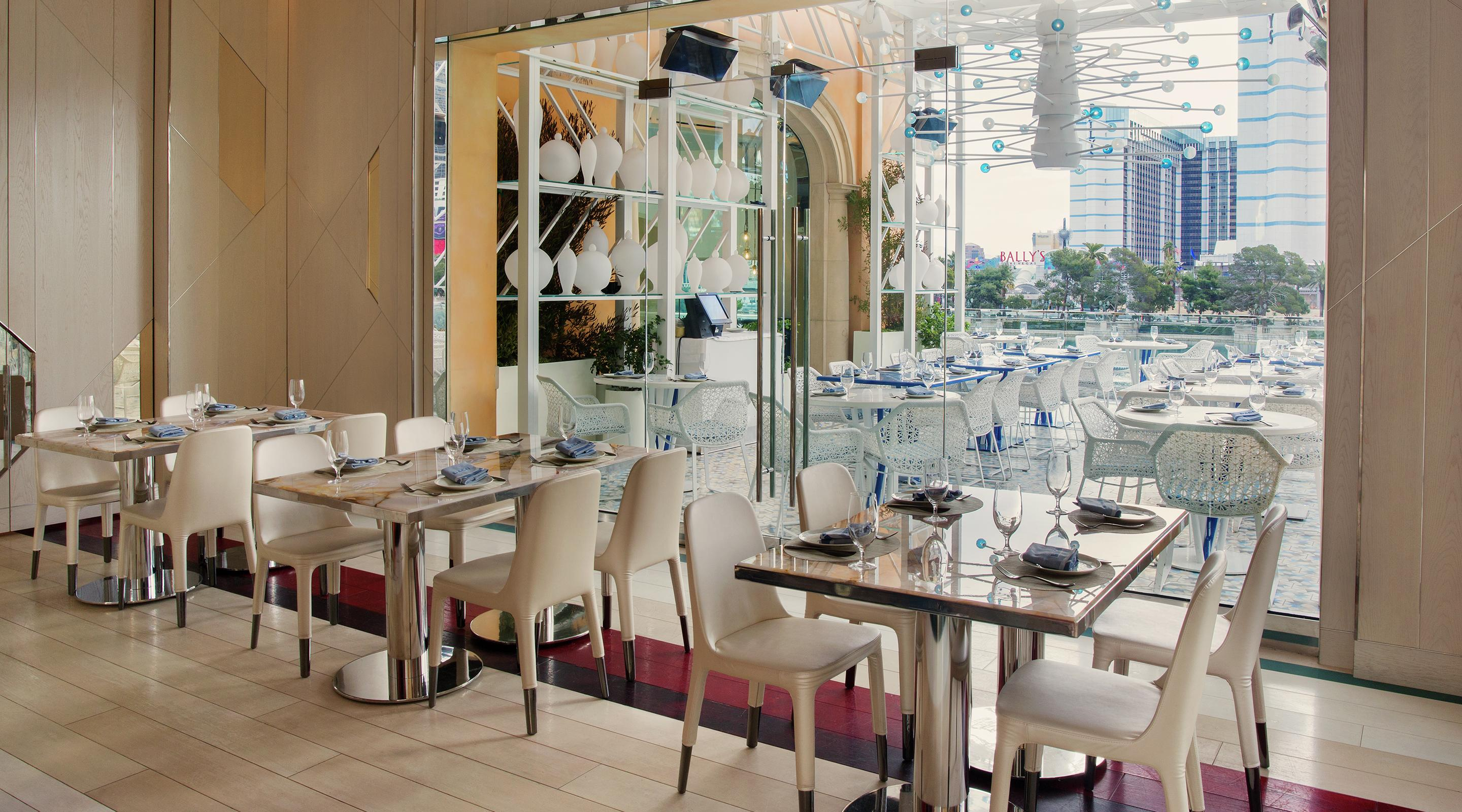 Reserve your private dining room at Lago.