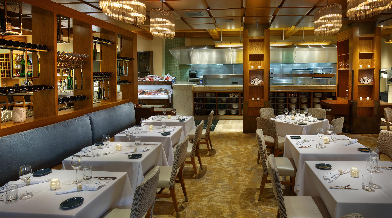 Michael mina seafood restaurant bellagio hotel casino for Fish restaurant mgm